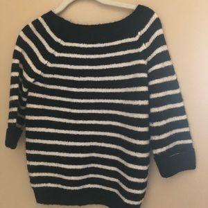 Fuzzy Striped Sweater 🖤🤍✨